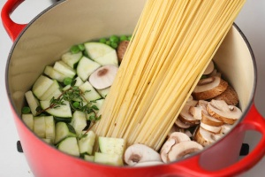 One Pot Zucchini Mushroom Pasta Recipe
